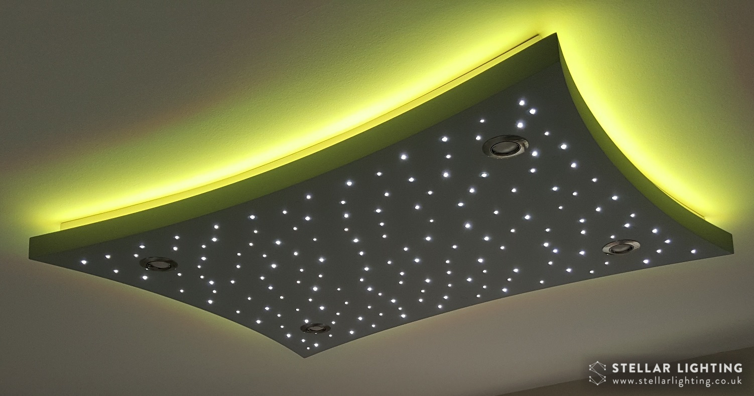 Concave Rectangle starlight ceiling, stars lit, edge set to yellow