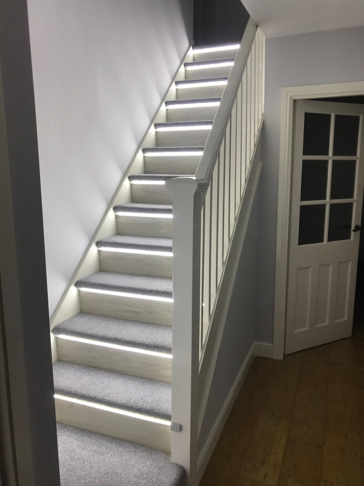 Automatic-stair-lights-white-lights.jpg