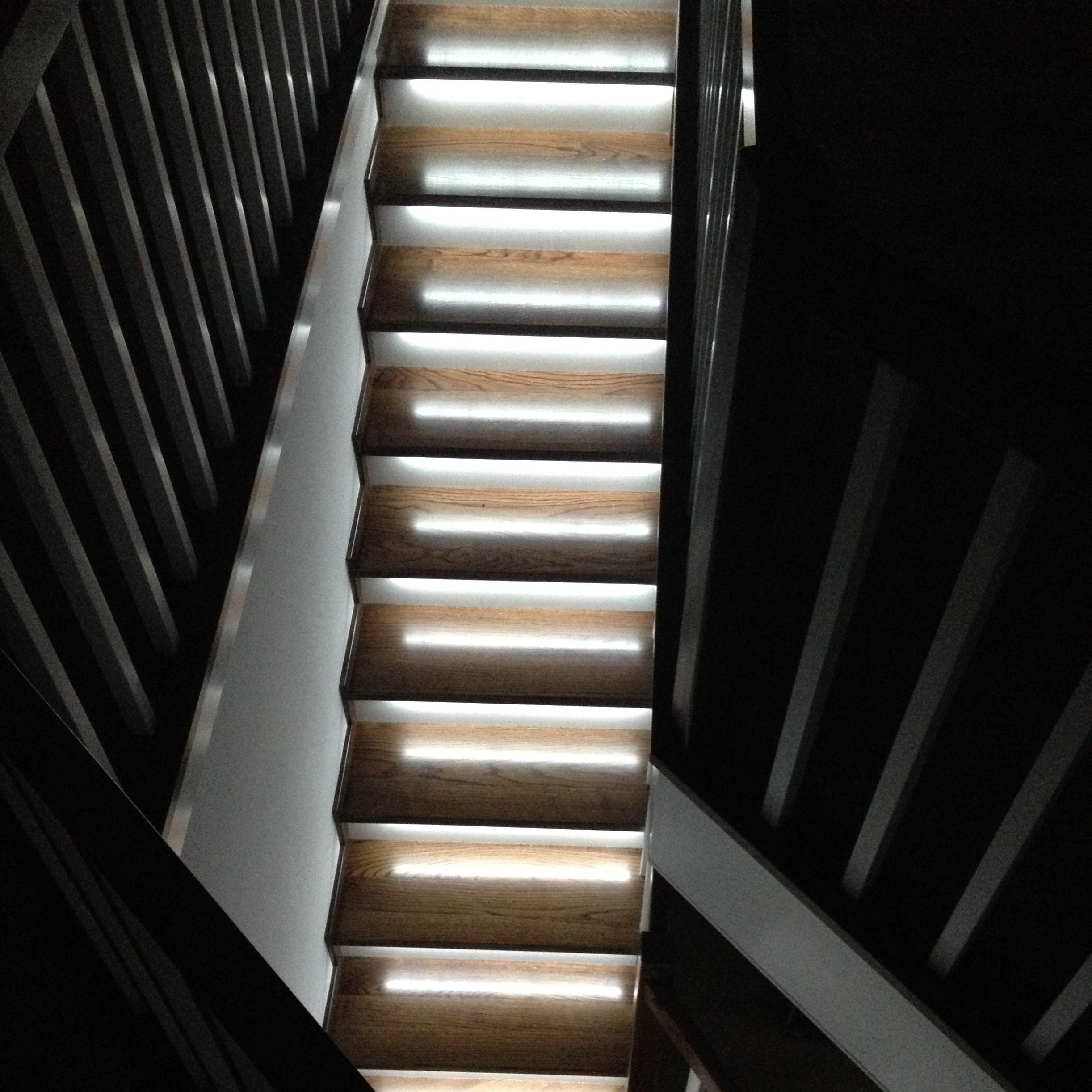 stair-lights-linear-staircase-down.JPG