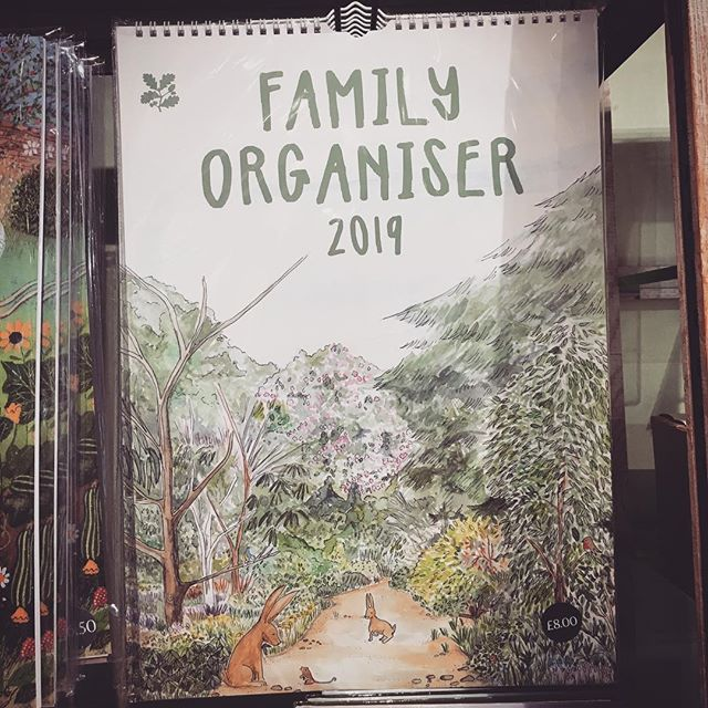 SPOTTED 🤓at #emmettsgarden @nationaltrust location. The fantastic @sarahlovellart 's #2019 #familycalendar ❤️ it!!! . . . #client #clientlove #bookkeeping #smallbusinesslove #mumtrepreneur #mumsinbusiness #mumlife #womeninbusiness #accounts