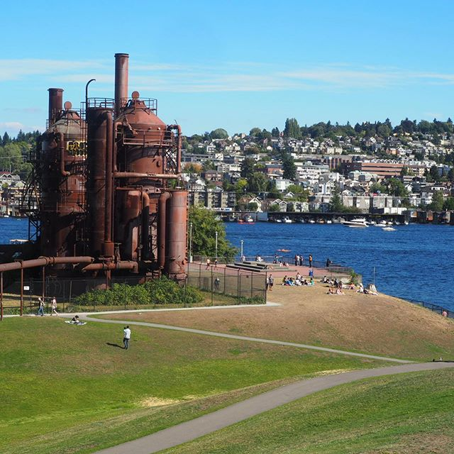 An extraordinary example of industrial heritage transformed into a public space. The former Seattle Gas Light Company gasification plant was transformed into a public park in 1975.  Designed by Seattle landscape architect Richard Haag, who won the American Society of Landscape Architects Presidents Award of Design Excellence for this project.  #urbanretreat #seattle #industrialheritage #urbanpark #publicspace #placemaking