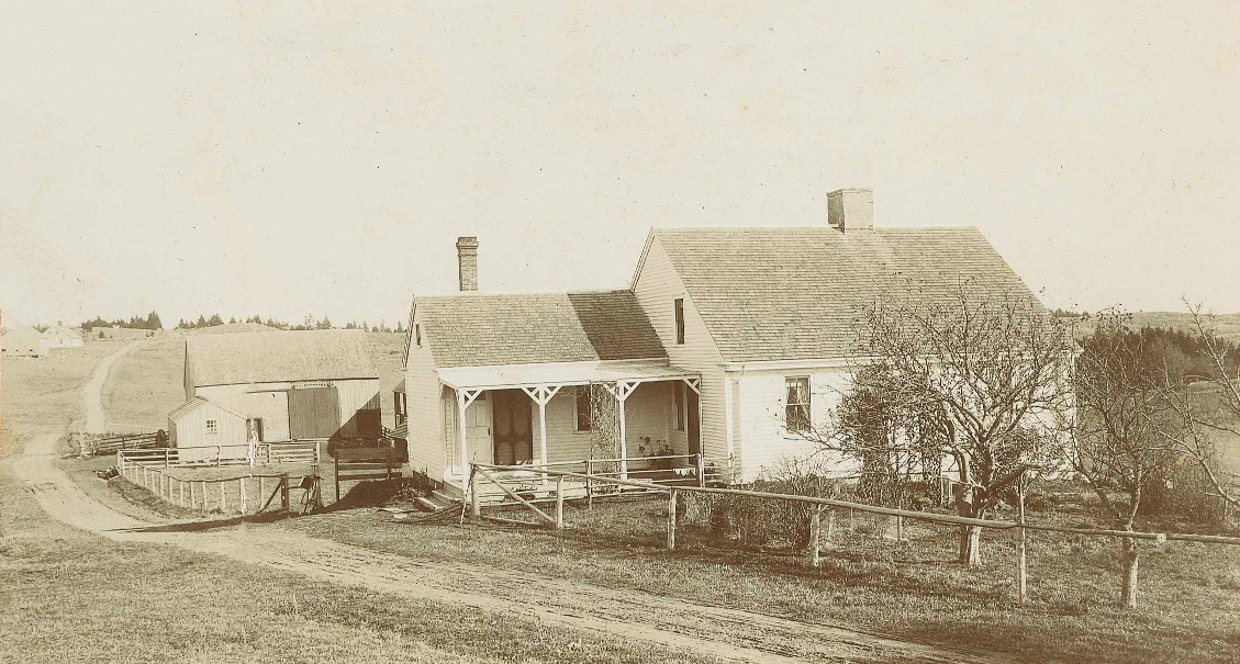 Eda Leadbetter's Place, later the home of Walker and Mabel Ames – Photo courtesy of Doug & Charlene Stone