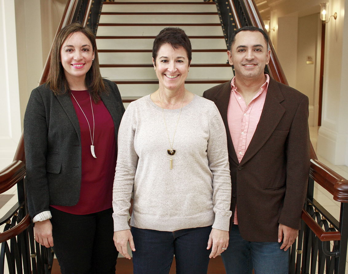 Communications Committee -   (from L - R) Ivette López, Kim Mellen, Rolando Guzmán