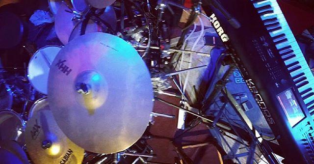 Rockeando de nuevo! / Rocking again! #progrock #drums #keyboards #korgkronos #soliddrums