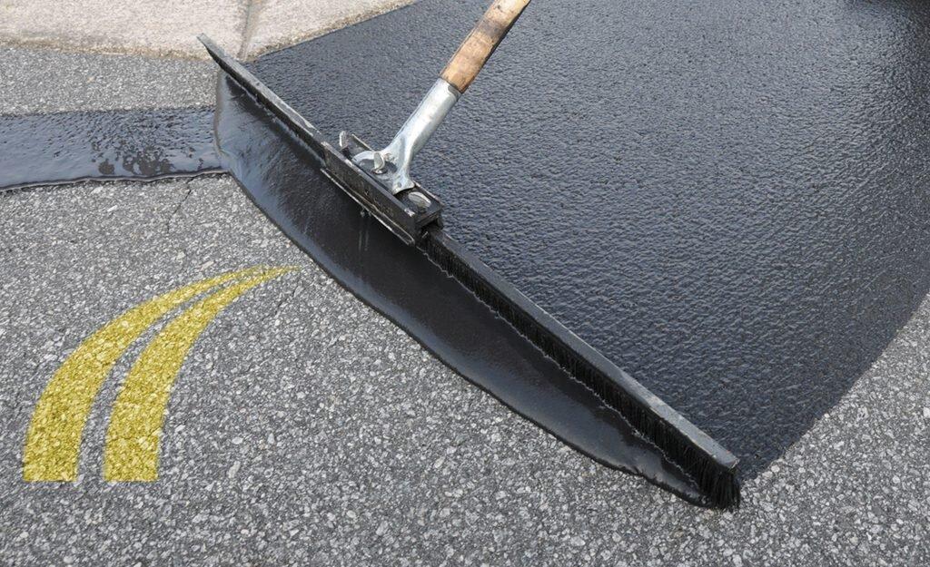 seal_coat_asphalt-1024x625.jpg