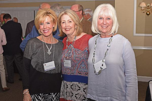 DSC_8245 Cindi Briley(Randy), Patricia Amos(Hays), Tricia Willis(Ben).jpg