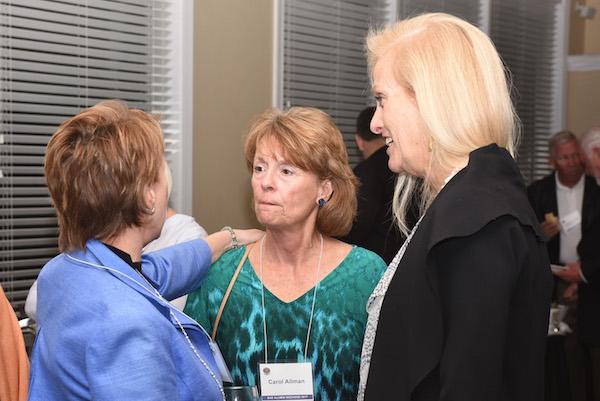 DSC_8287 Carol Allman(Ken), Jeannie Boyd(Allen).jpg