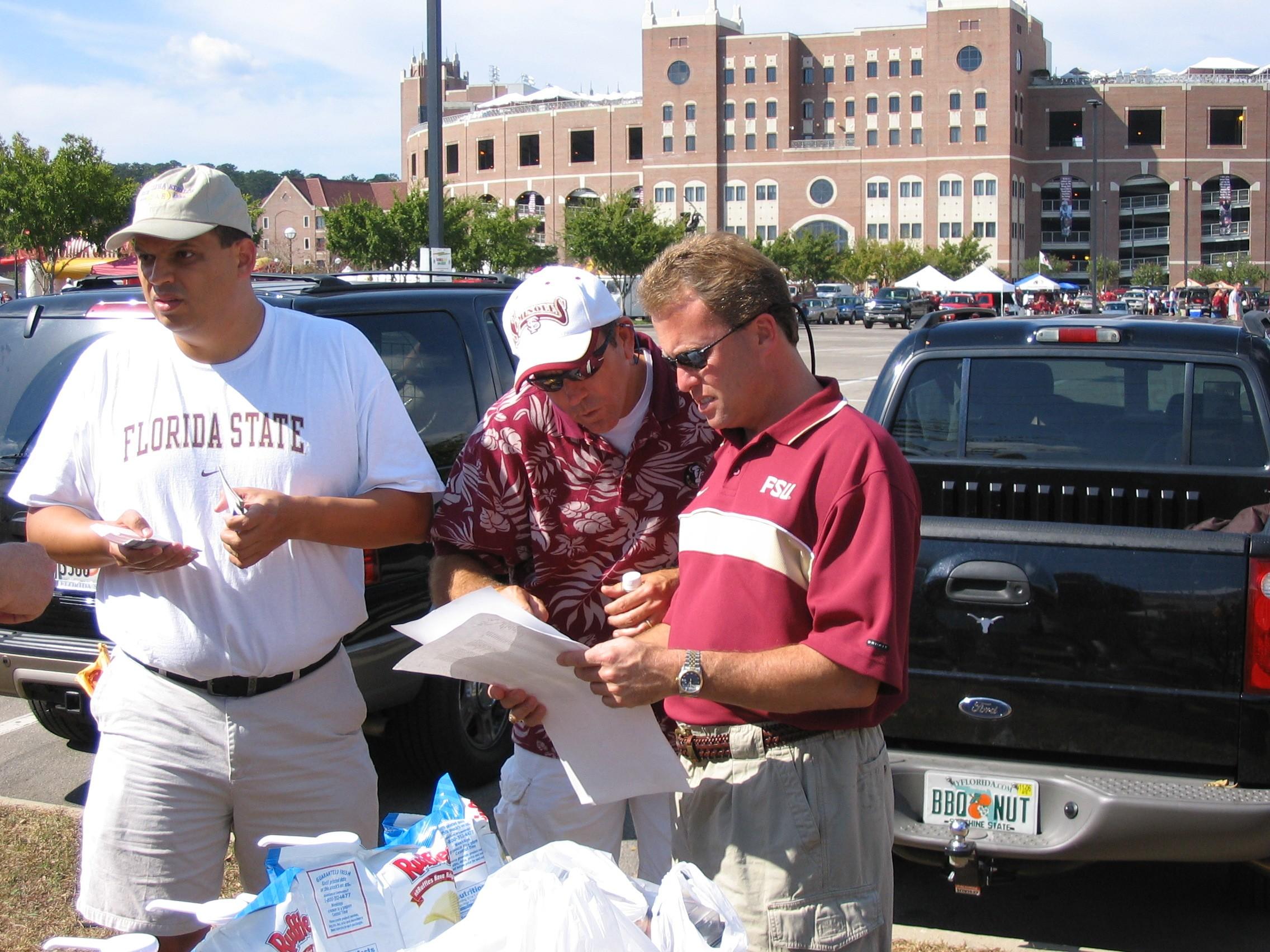 2005 alumni tailgate-AlexGrohmann, TomJackson, JoeHouston.JPG