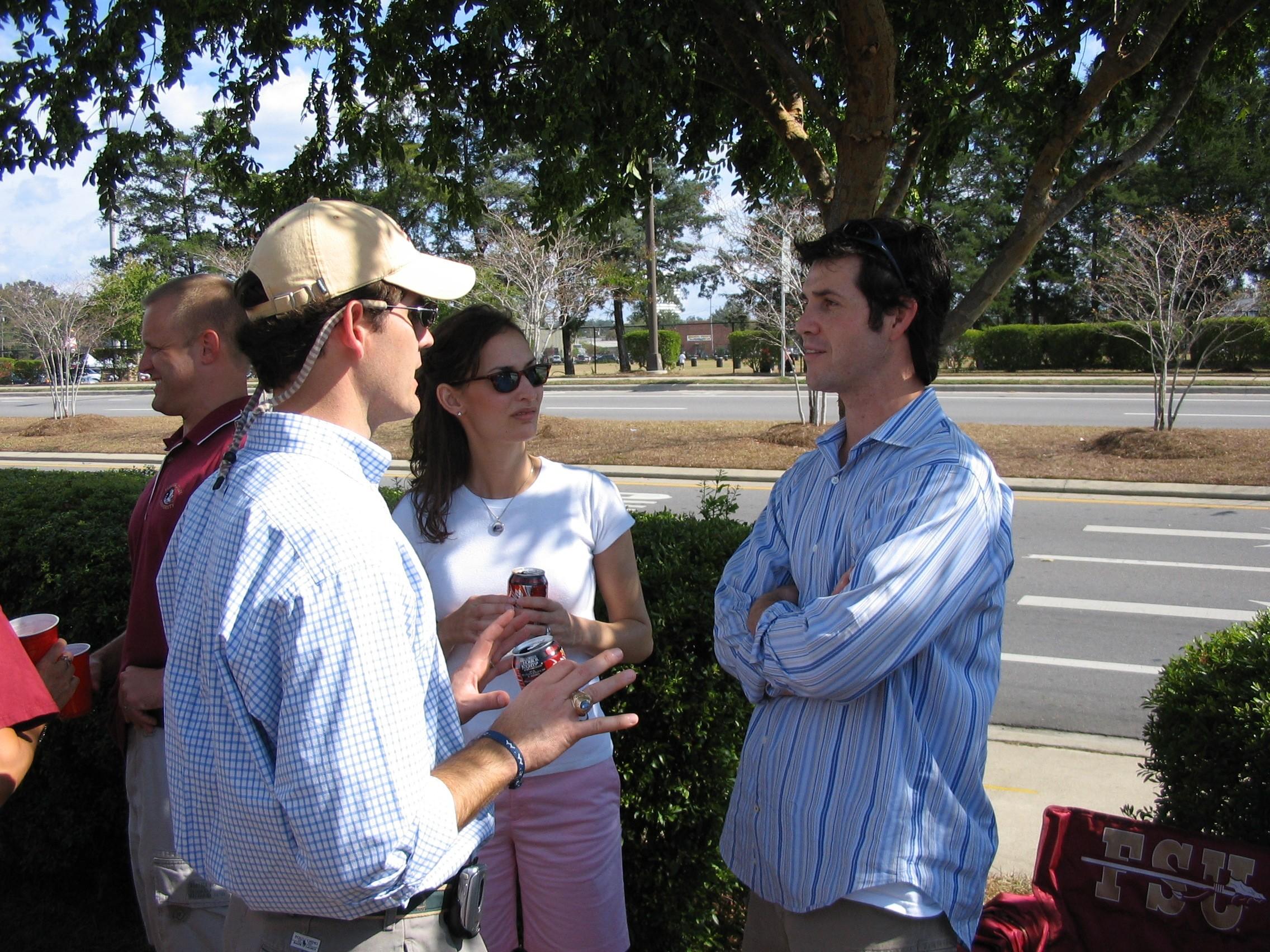 2005 alumni tailgate-PatMorris.JPG