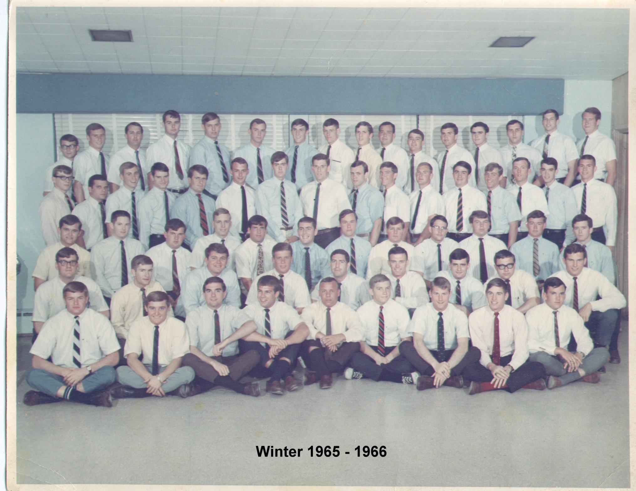 1968 Group photo.jpg
