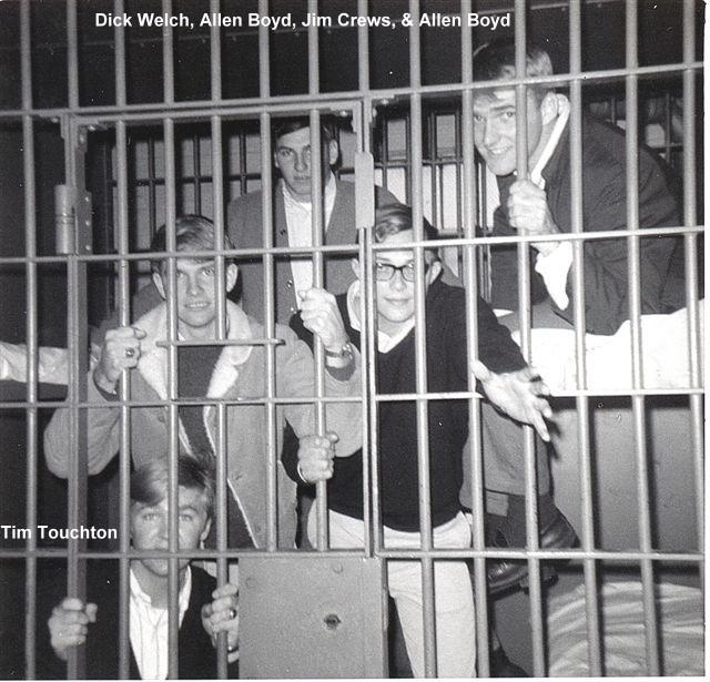 1968 TimTouchton DickWelch, AllenBoyd Crews _ Brooks.jpg