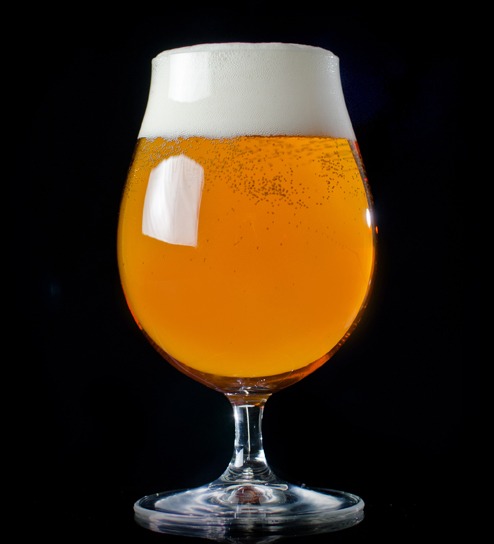 IPA - From mild to intense better, and the smell of pine to grapefruit, this has become the most popular style of beer for a reason. It's full bodied, flavorful, and pairs exceptionally with fatty foods. Amsterdam's Boneshaker iis an example of a West Coast style IPA.
