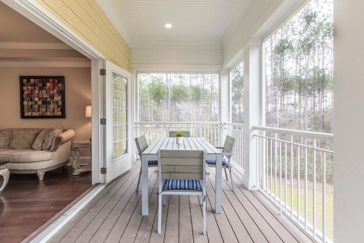 porch .jpg