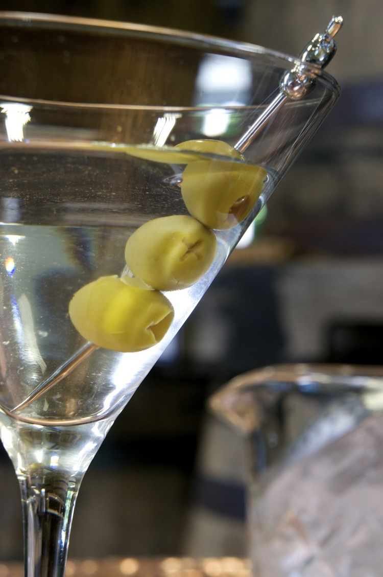 Vermont+Spirits+Three+Olive+Vodka+Martini.jpg