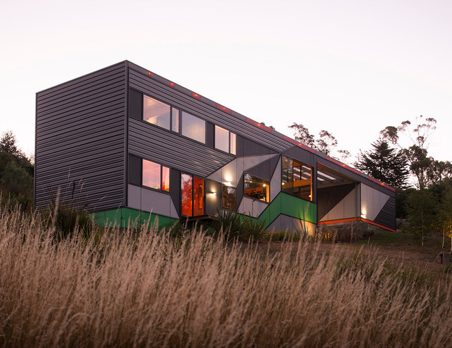 Project: Southern Outlet House Architect: Philip M Dingemanse of PMD Architects