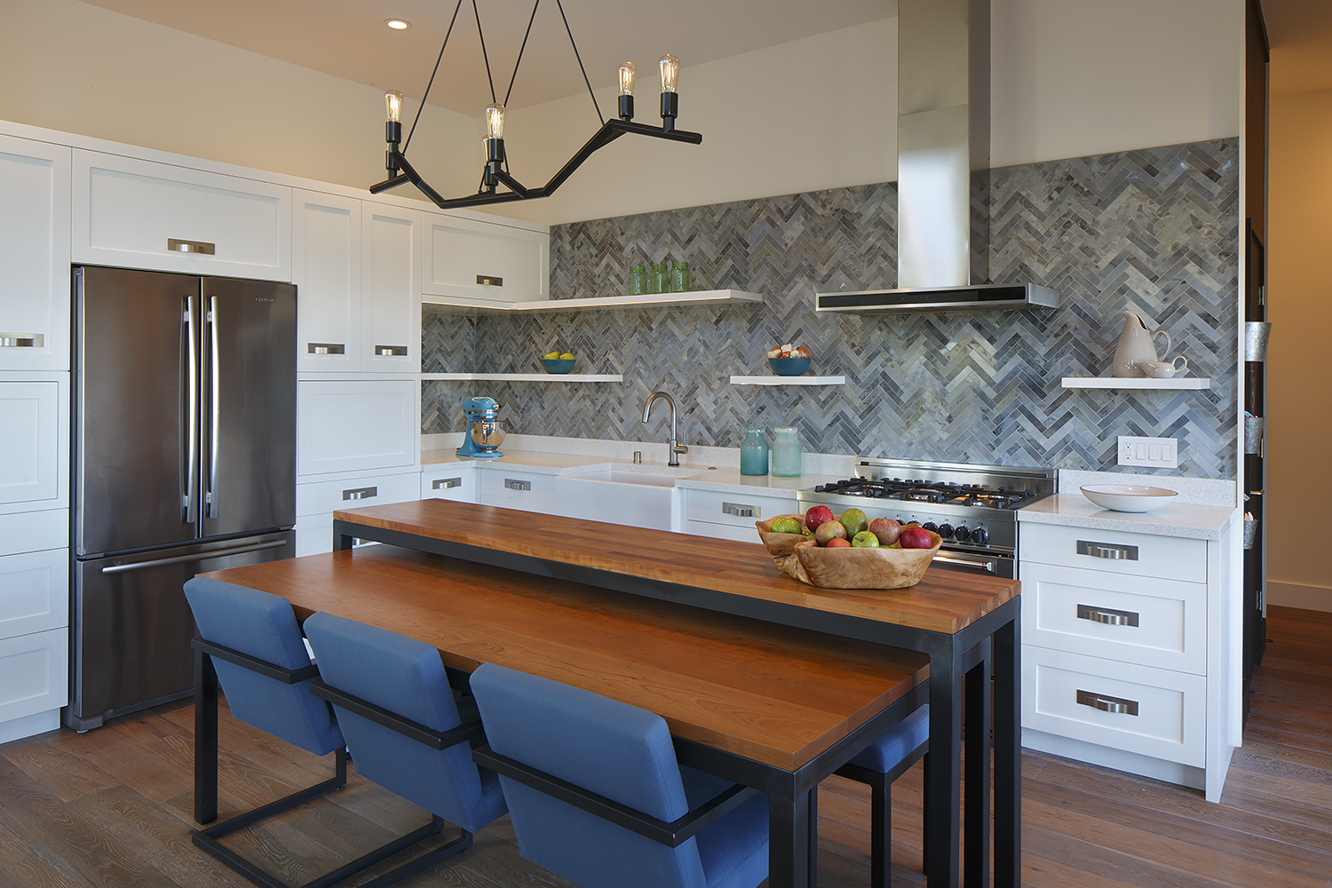 Overall kitchen
