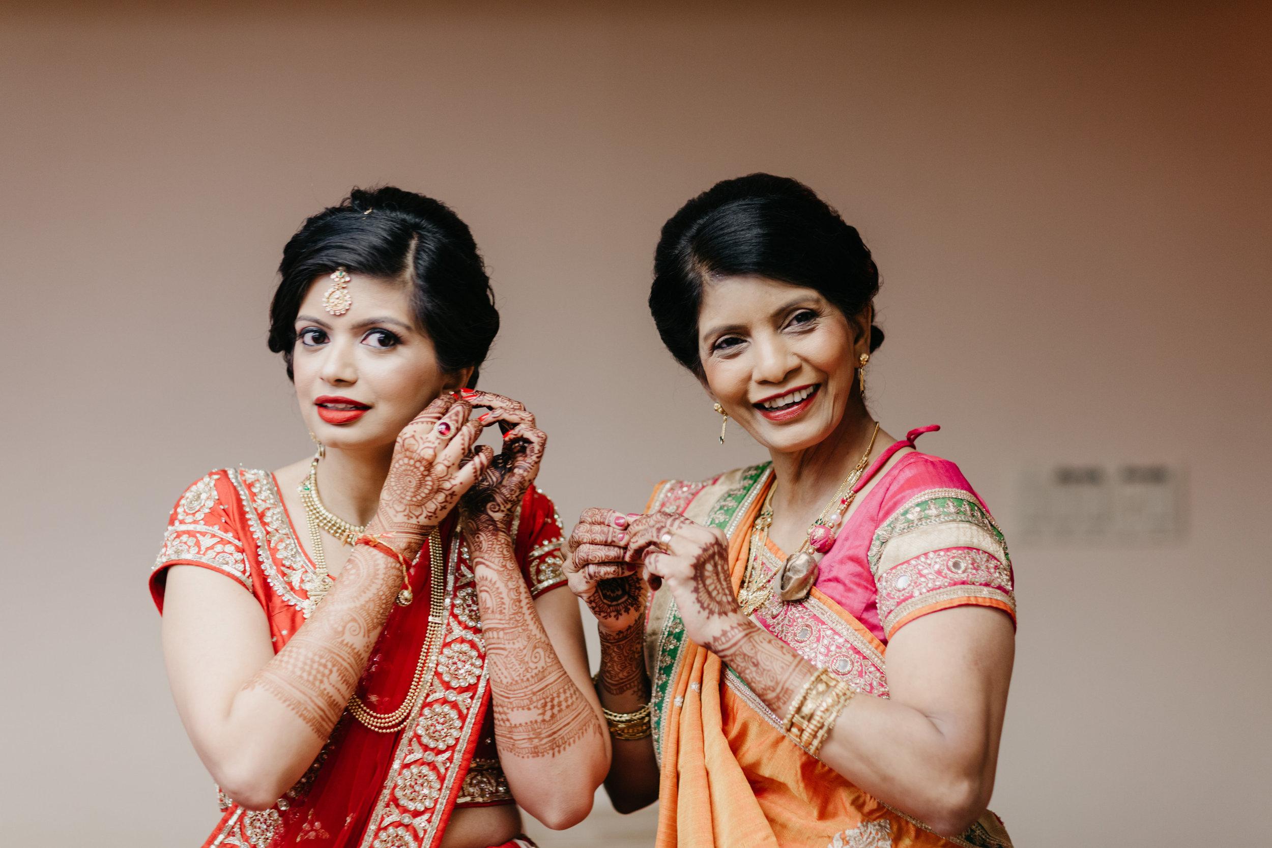 Palak and Kushal-Getting Ready-0095.jpg