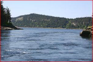 Dodd-Narrows---south-of-Nanaimo.jpg