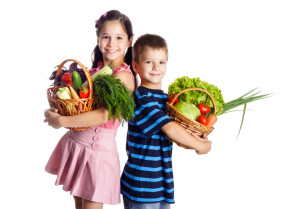 3 Ways to use Farmers' Markets to Get Your Child to Eat Veggies