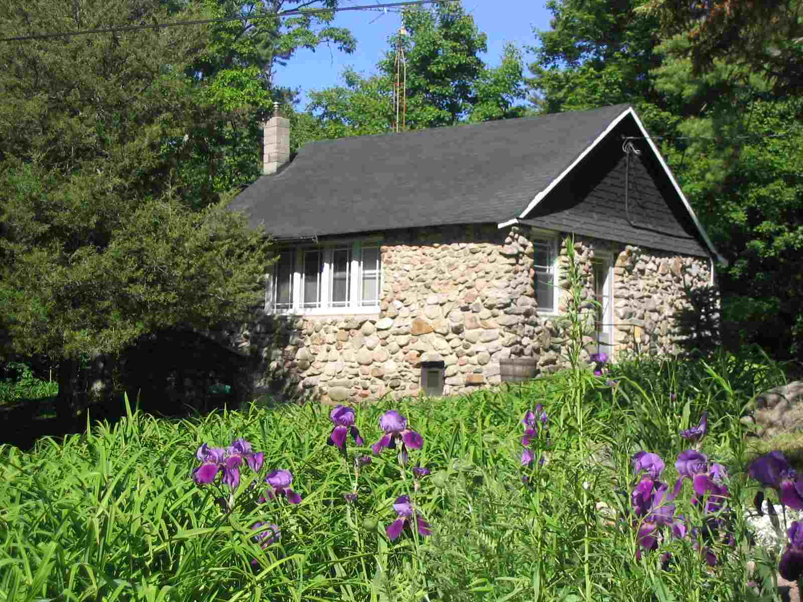 Adams Cottage