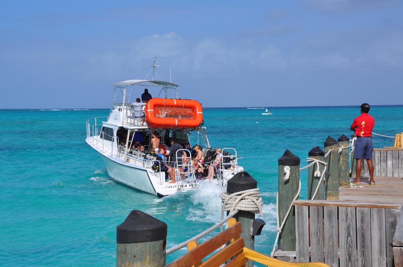 BTC-dive-boat.JPG
