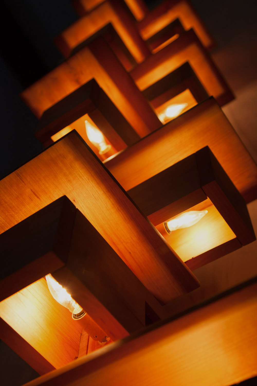 Hand-crafted lamps and wood sculptures