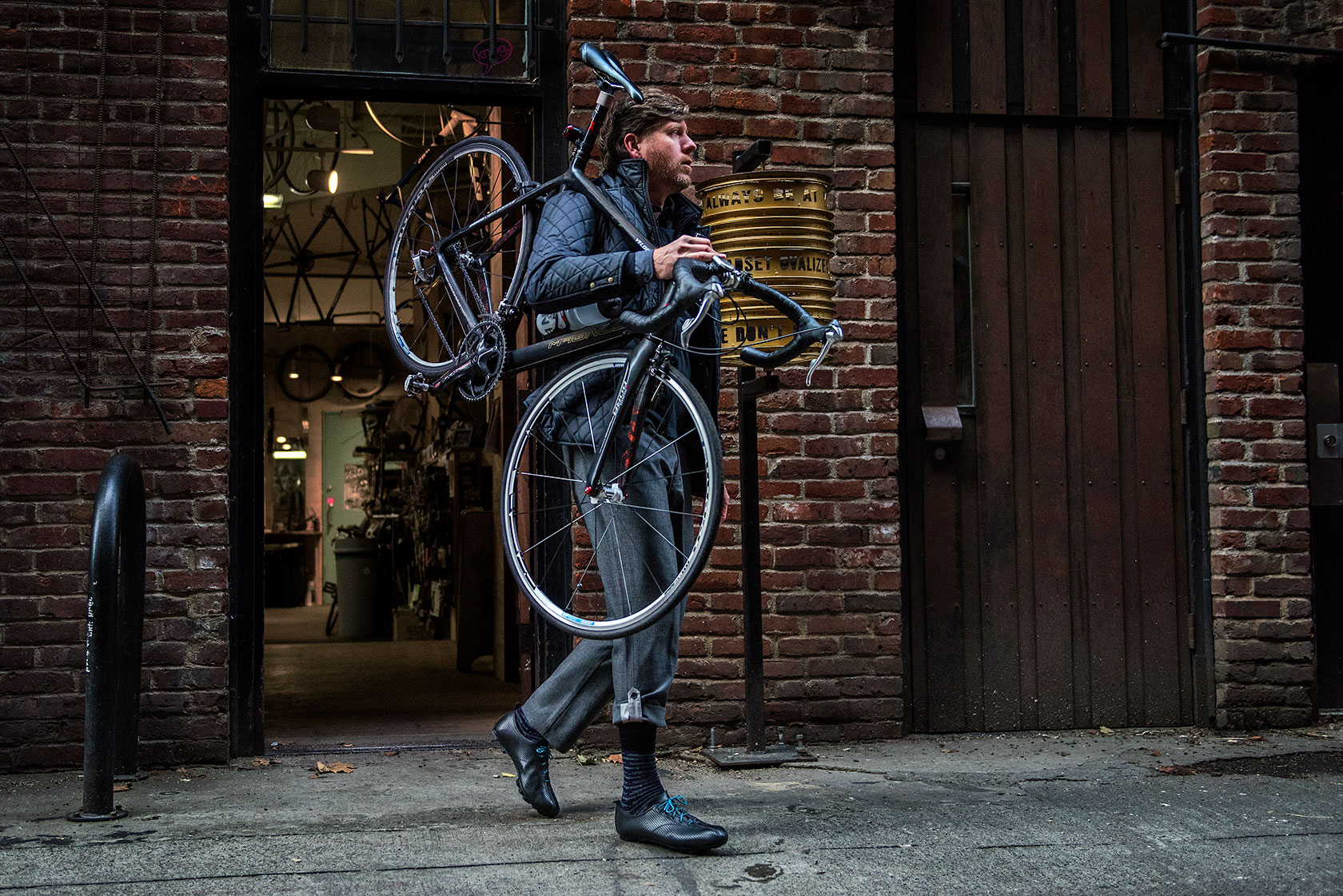 austin-trigg-seattle-bicycle-company-lifestyle-Walking-store-front.jpg