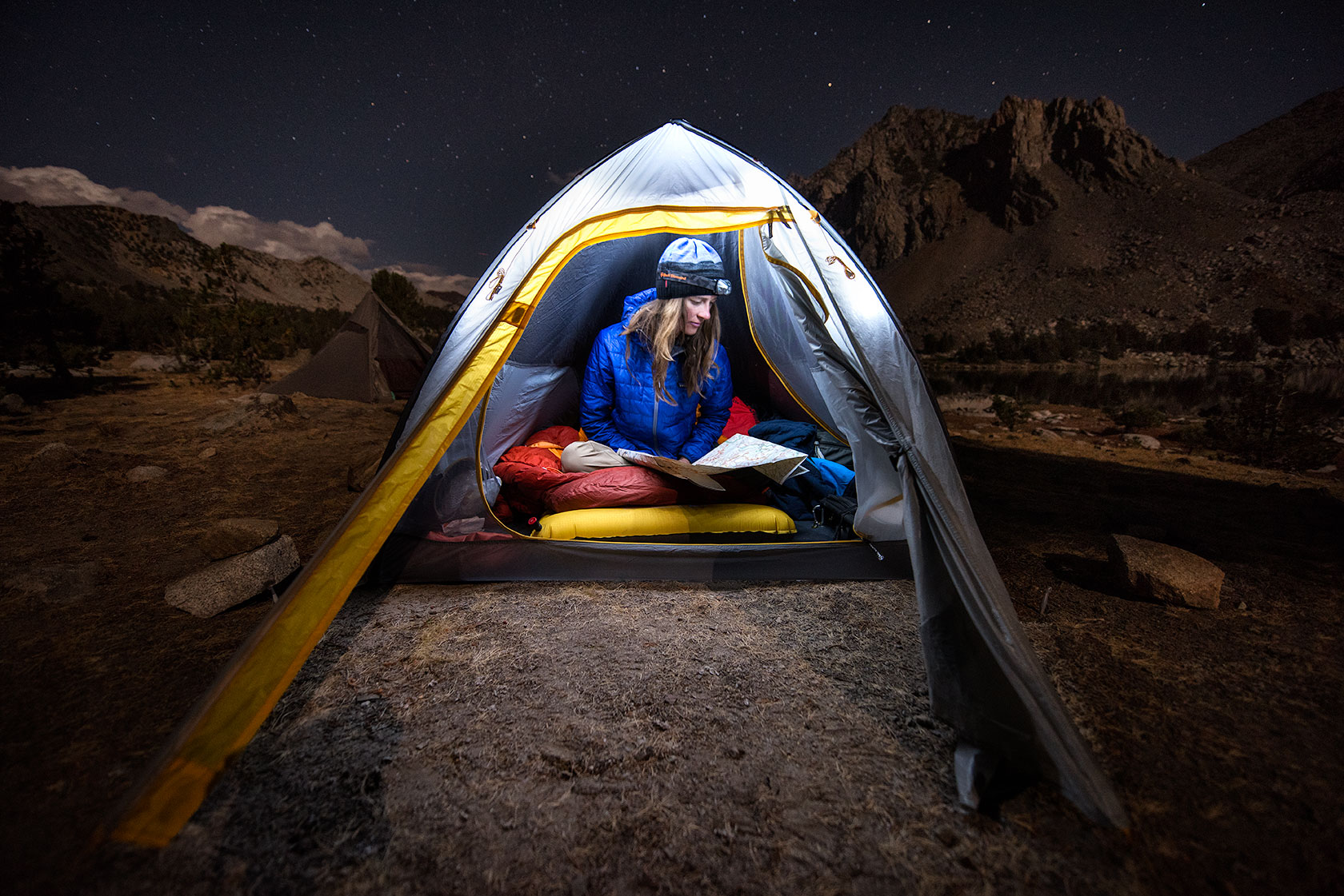 austin-trigg-big-agnes-tent-john-muir-trail-camping-night-light-MTNGLO-Lake-Virgina.jpg