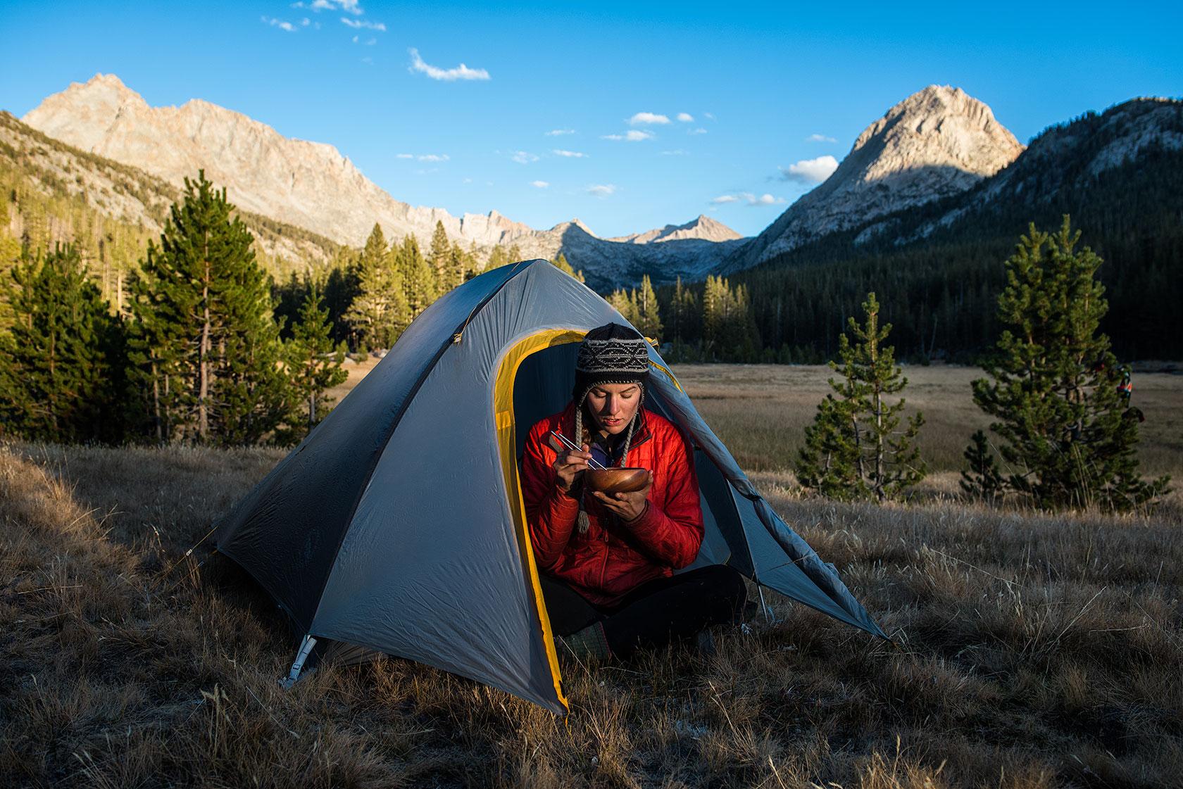 austin-trigg-big-agnes-tent-john-muir-trail-camping-sunset-Sunlight-Evolution-Valley.jpg