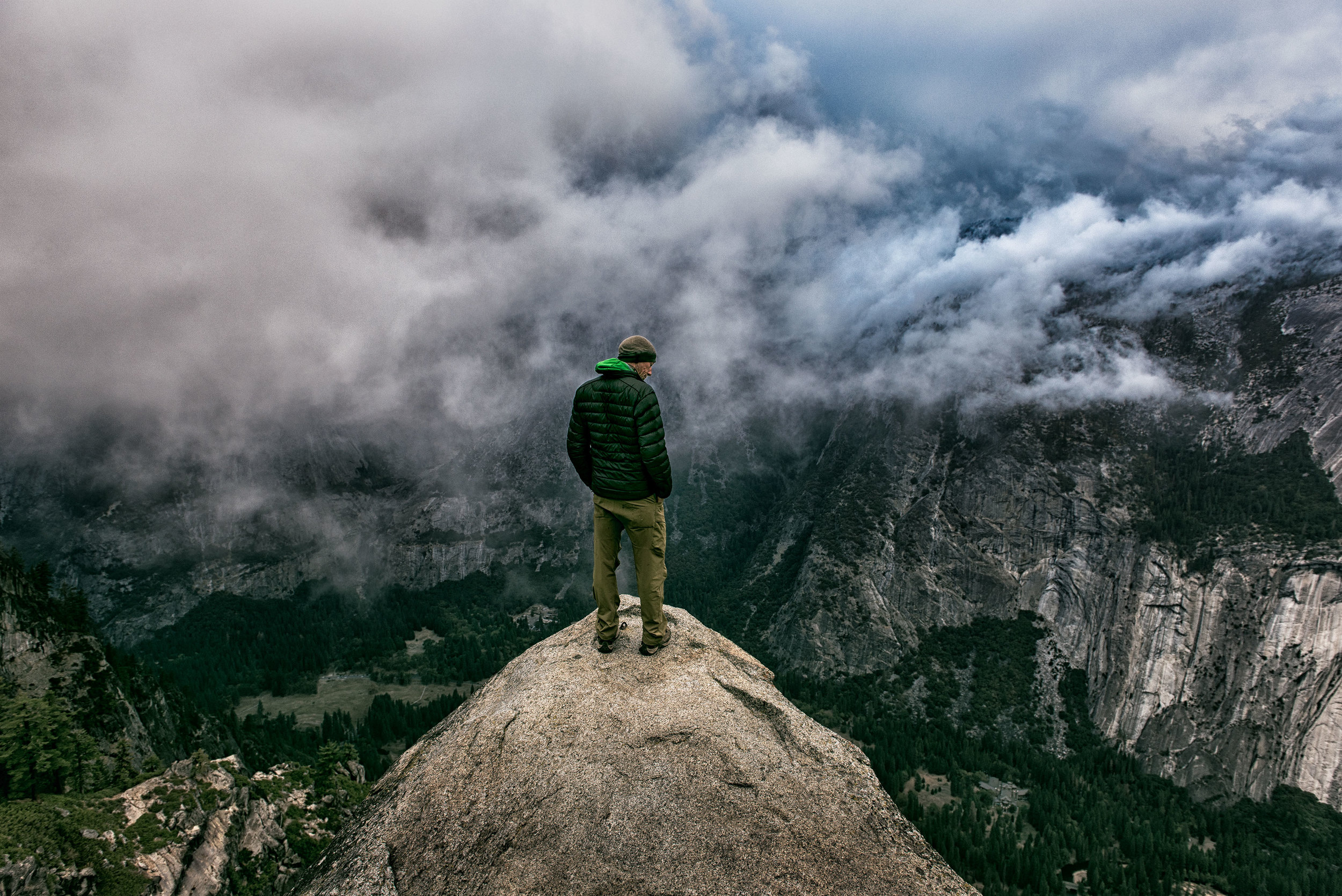 austin-trigg-wing-suit-base-jump-fly-yosemite-lifestyle-california-adventure-thrill-seeking-glacier-point-cliff-cloudy.jpg