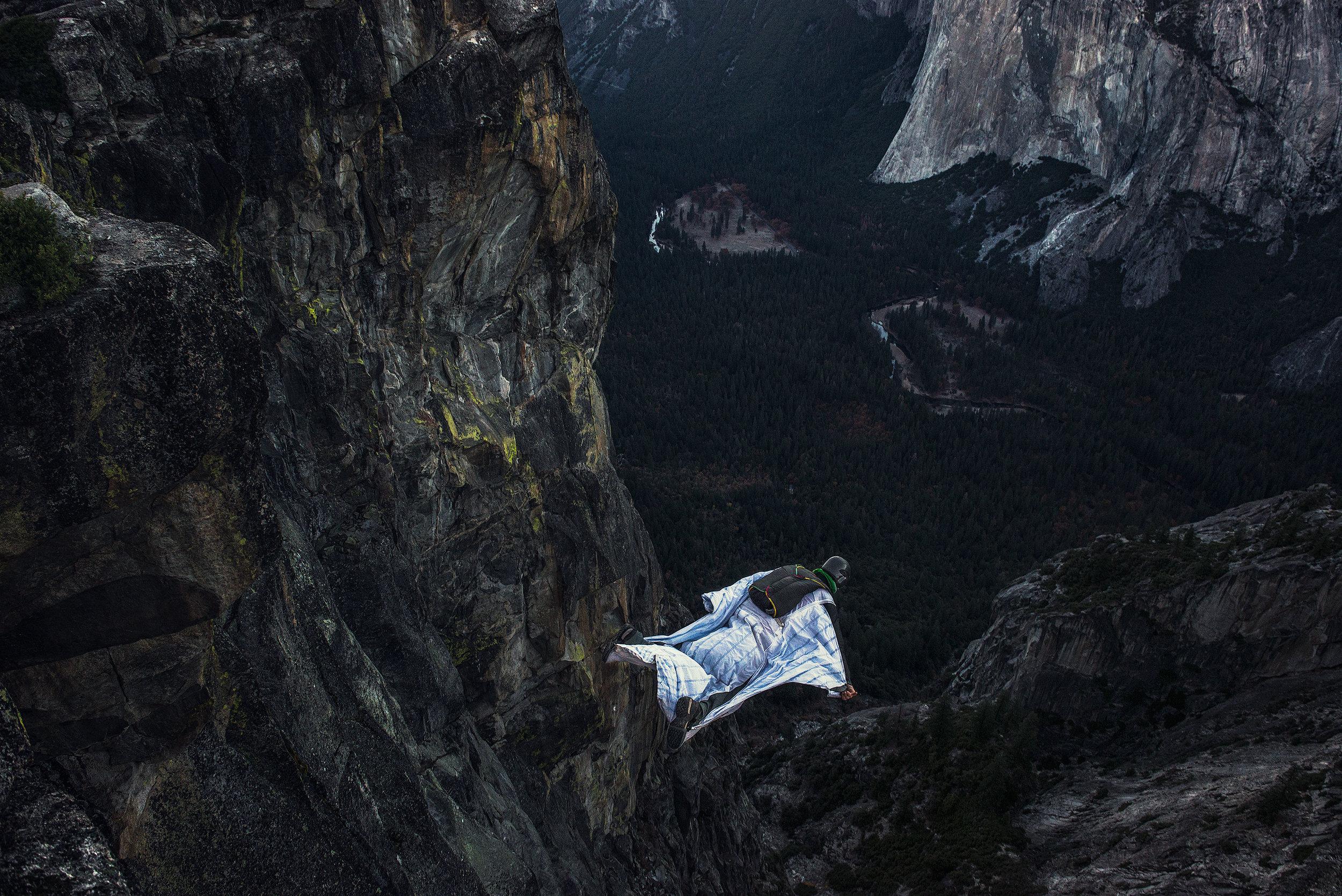 austin-trigg-wing-suit-base-jump-fly-yosemite-lifestyle-california-adventure-thrill-seeking-taft-point-valley.jpg