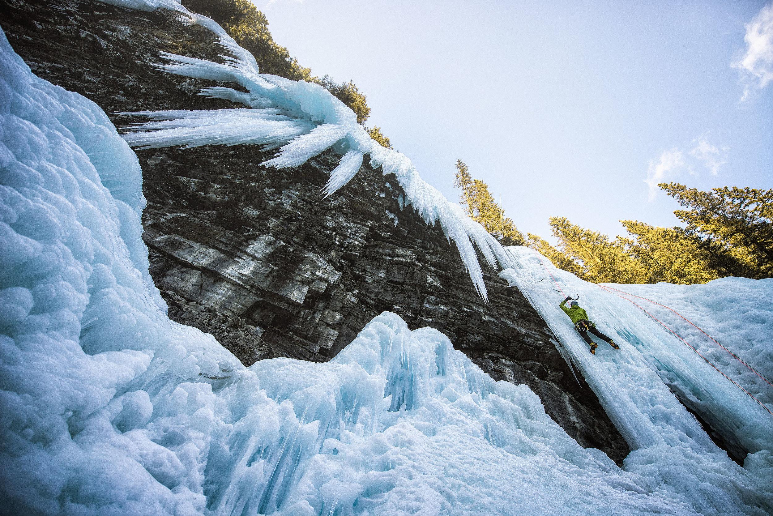 austin-trigg-ice-climbing-banff-Johnston-Canyon.jpg