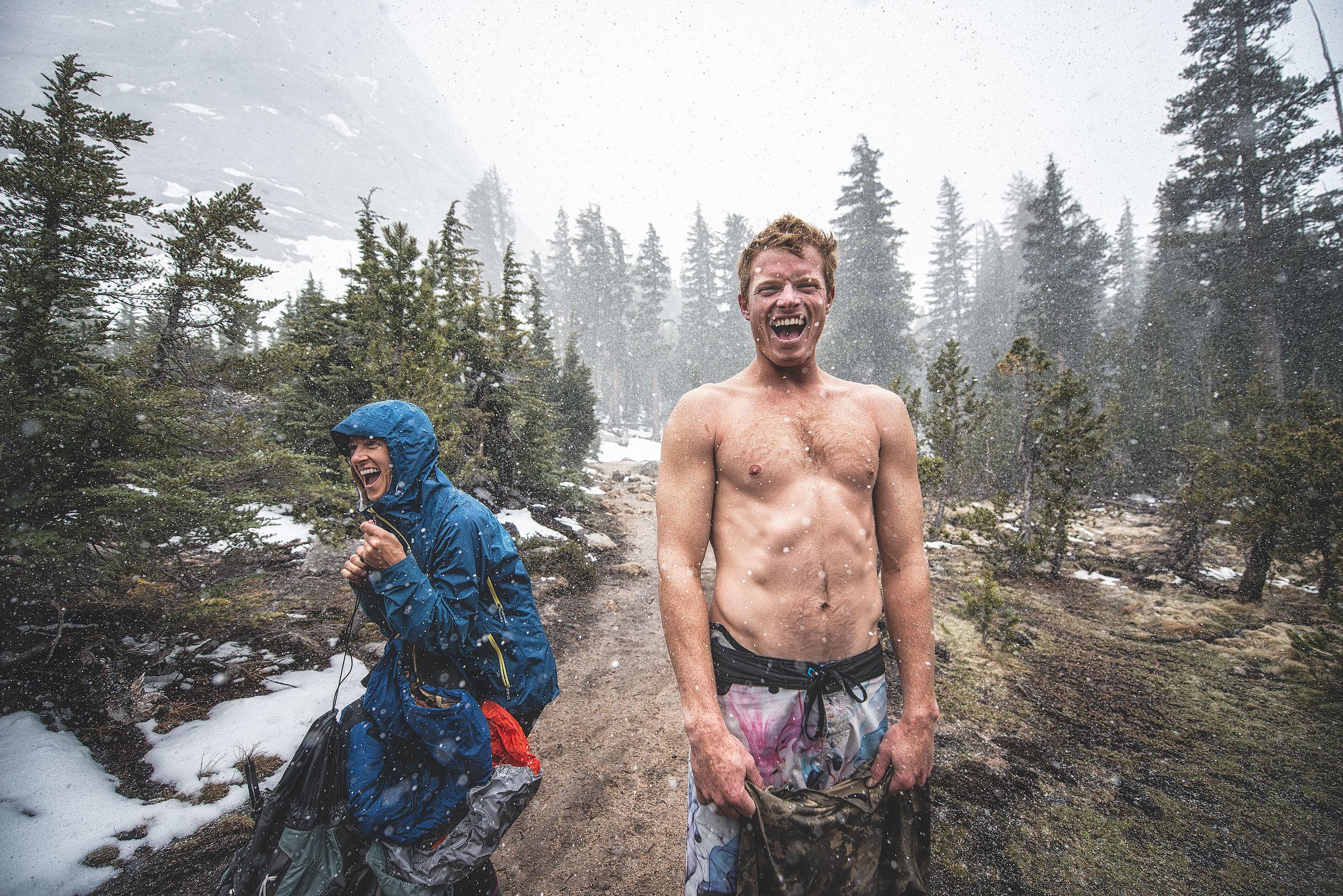 austin-trigg-yosemite-national-park-lifestyle-adventure-snowing-hiking-trail-laughing-good-vibes-smile.jpg