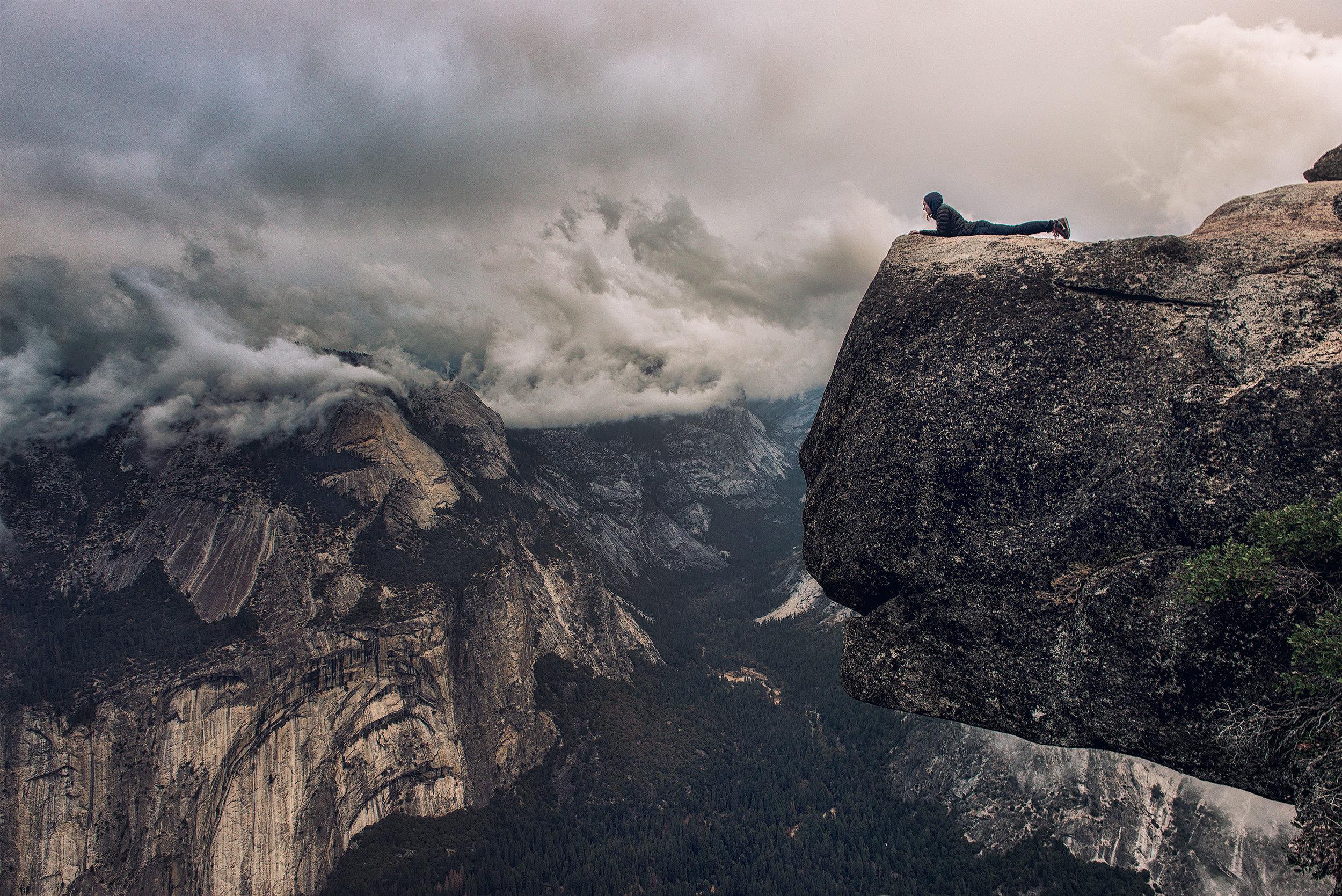 austin-trigg-joshua-tree-national-park-california-cliff-hanging-clouds-california-adventure-valley.jpg