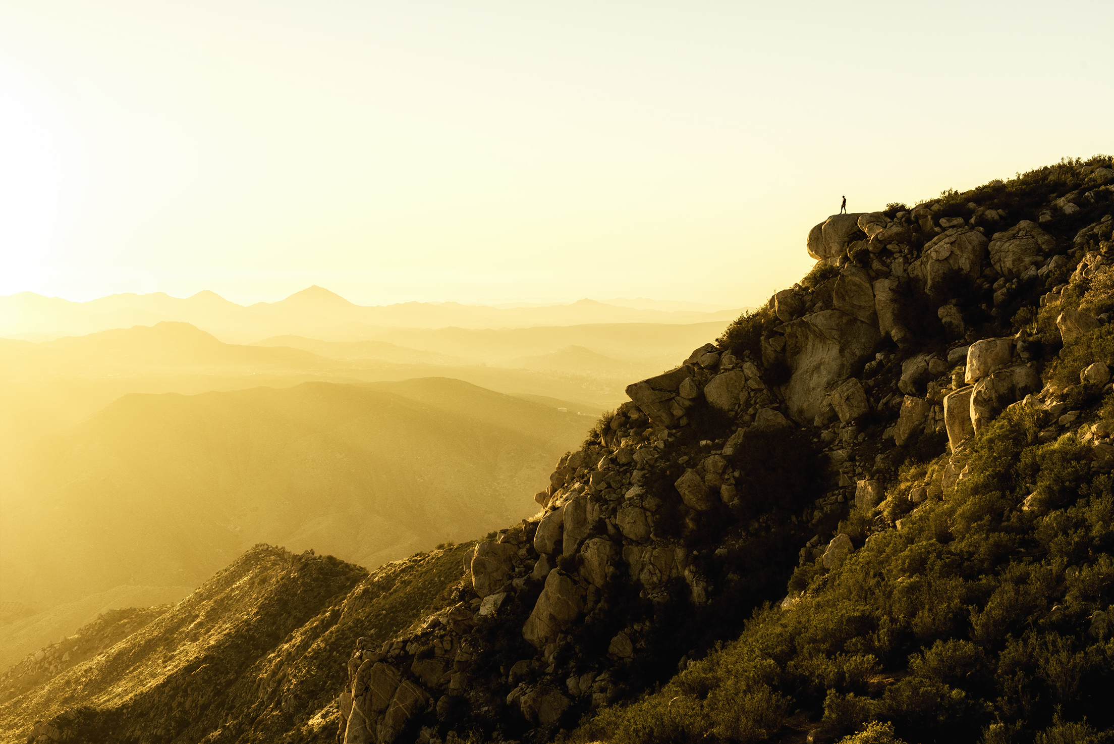austin-trigg-southern-california-Joe-Sunset-mountains-golden-hour-desert-san-diego.jpg
