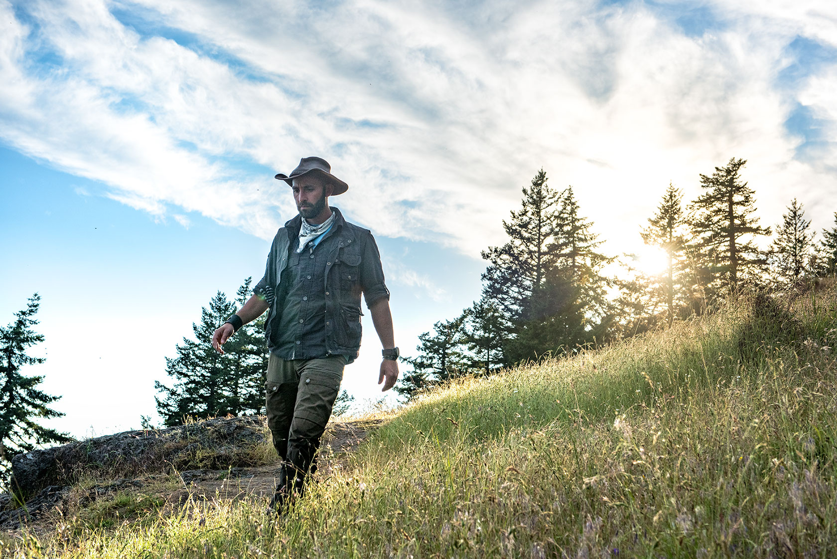 austin-trigg-brave-wilderness-orcas-island-coyote-peterson-meadow-sunset.jpg