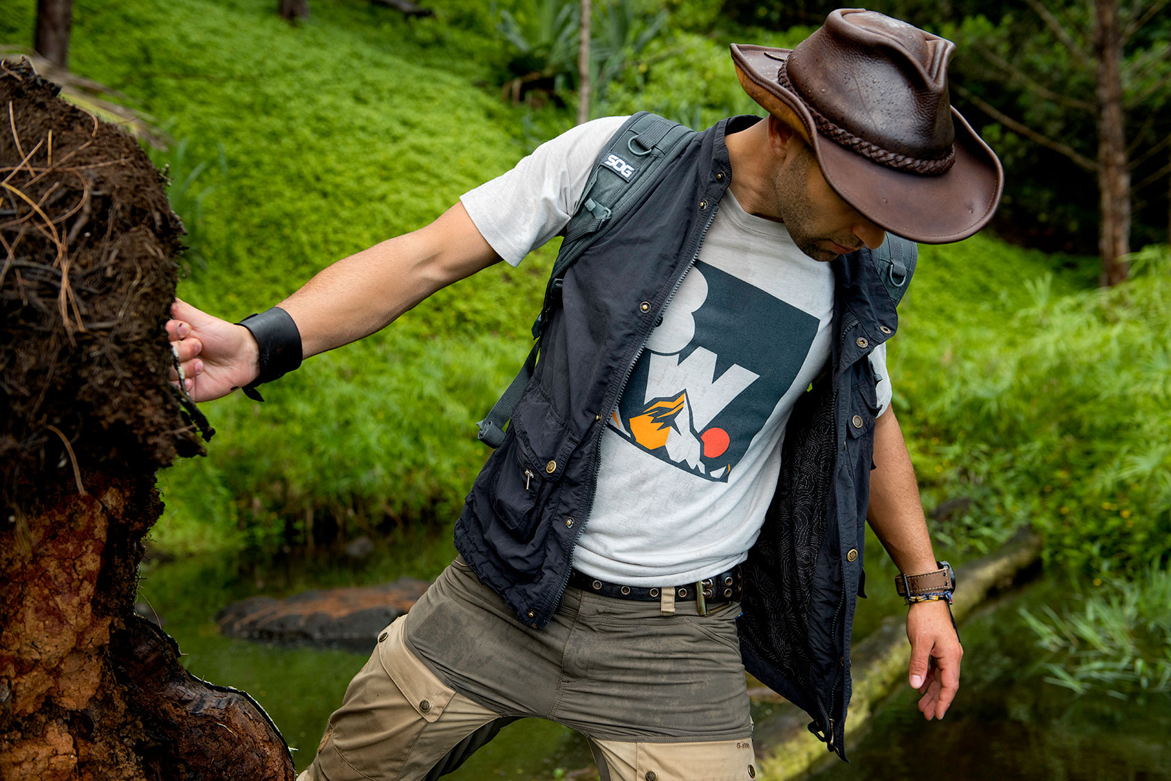 austin-trigg-brave-wilderness-kauai-hawaii-coyote-peterson-product.jpg