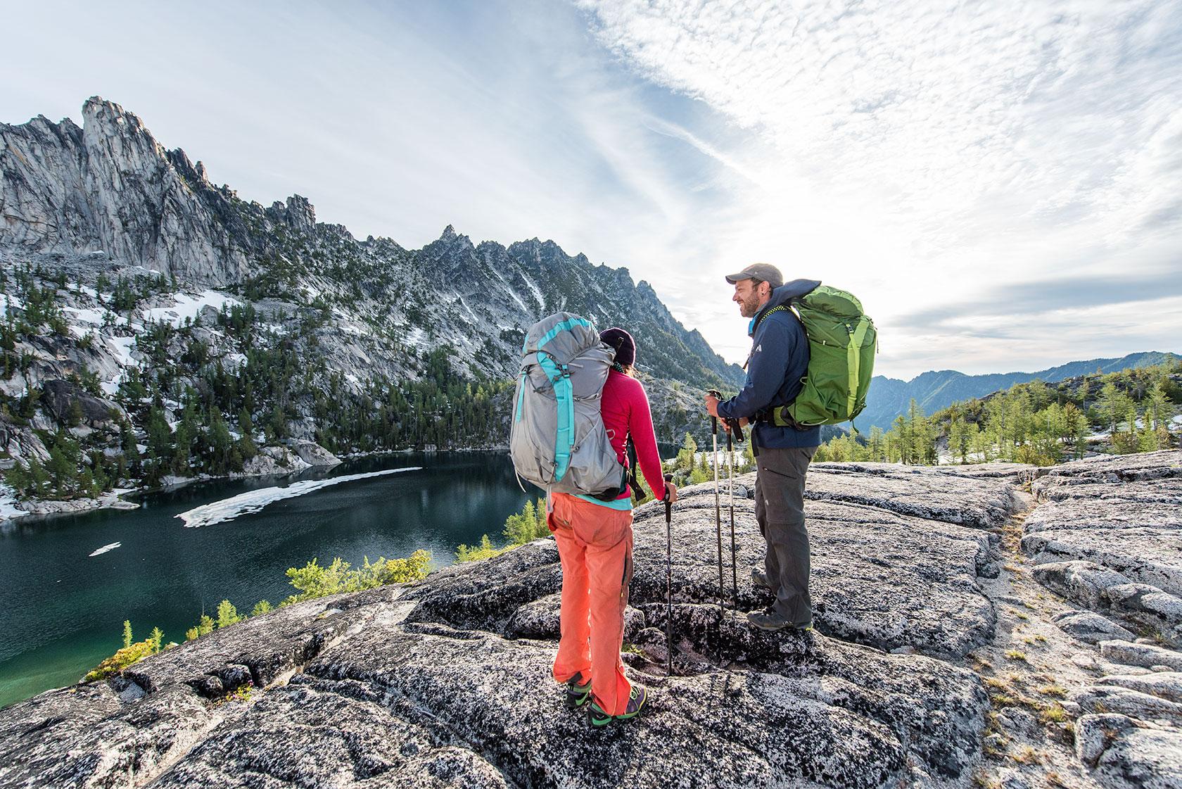 austin-trigg-osprey-hiking-backpacks-hike-camp-washington-adventure-morning-sunrise-lifestyle-outdoor-enchantments-lake-alpine-wilderness-talk.jpg