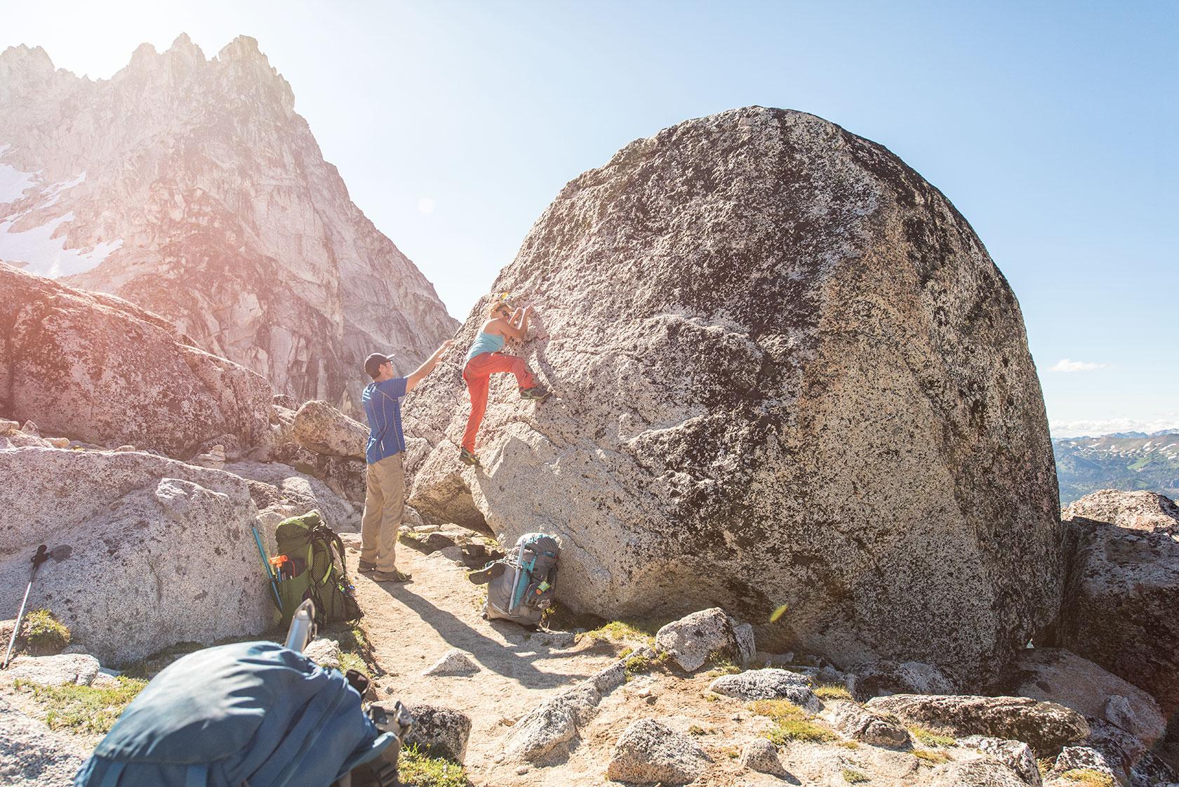 austin-trigg-osprey-hiking-backpacks-rock-climbing-hike-camp-washington-adventure-product-lifestyle-outdoor-enchantments.jpg