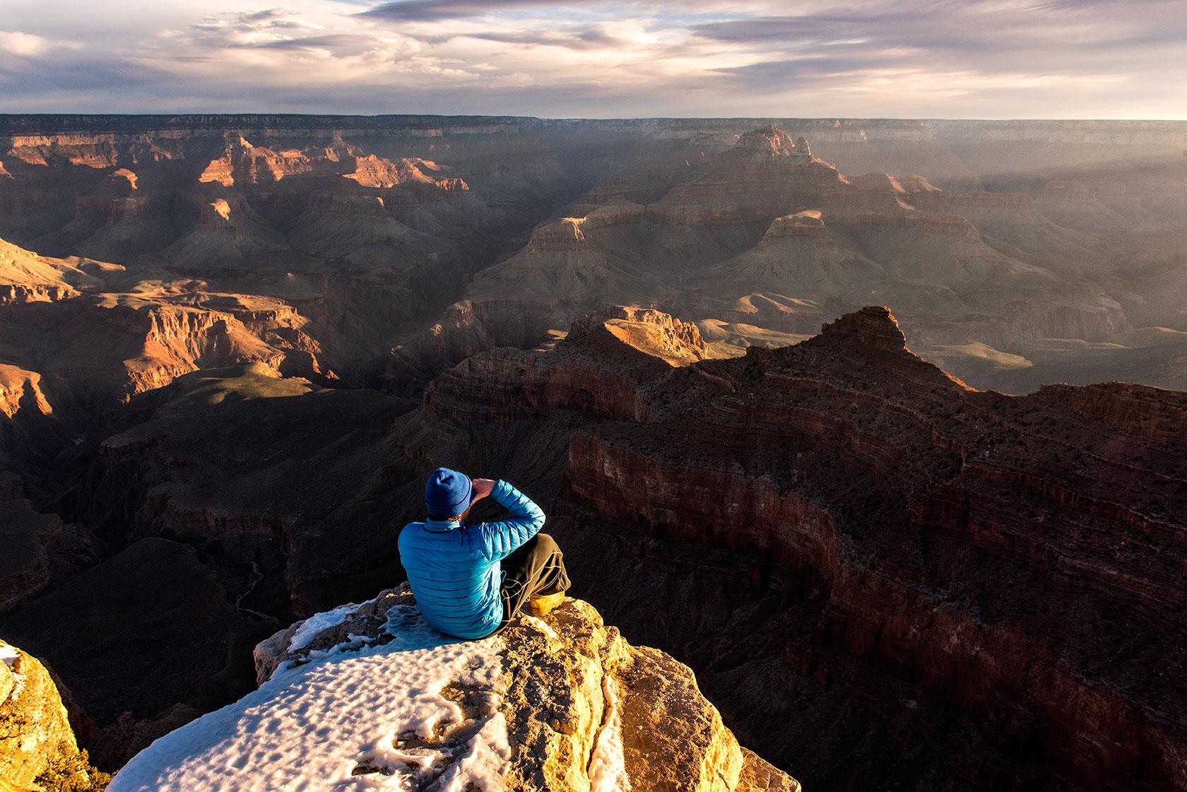 austin-trigg-osprey-hiking-backpacks-grand-canyon-osprey-pack-bag-arizona-hike-camp-sunrise-mather-point-rim.jpg