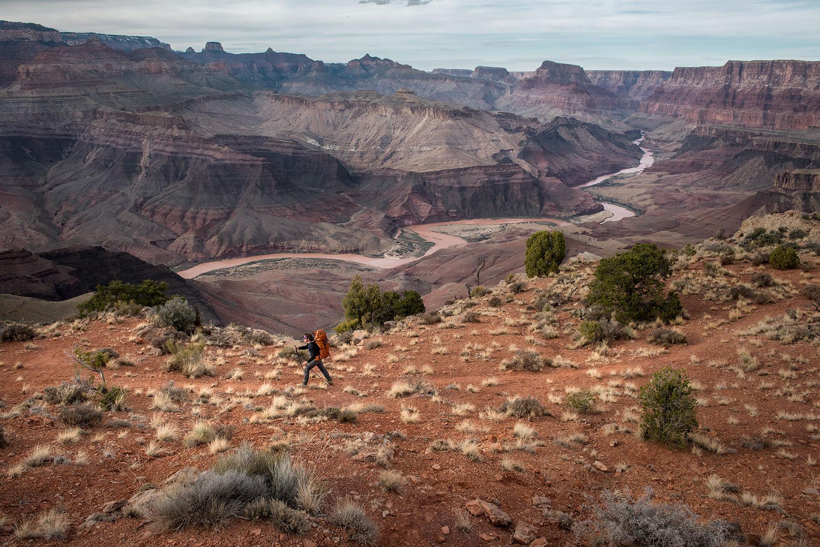 austin-trigg-osprey-hiking-backpacks-grand-canyon-osprey-pack-hike-camp-desert-arizona.jpg