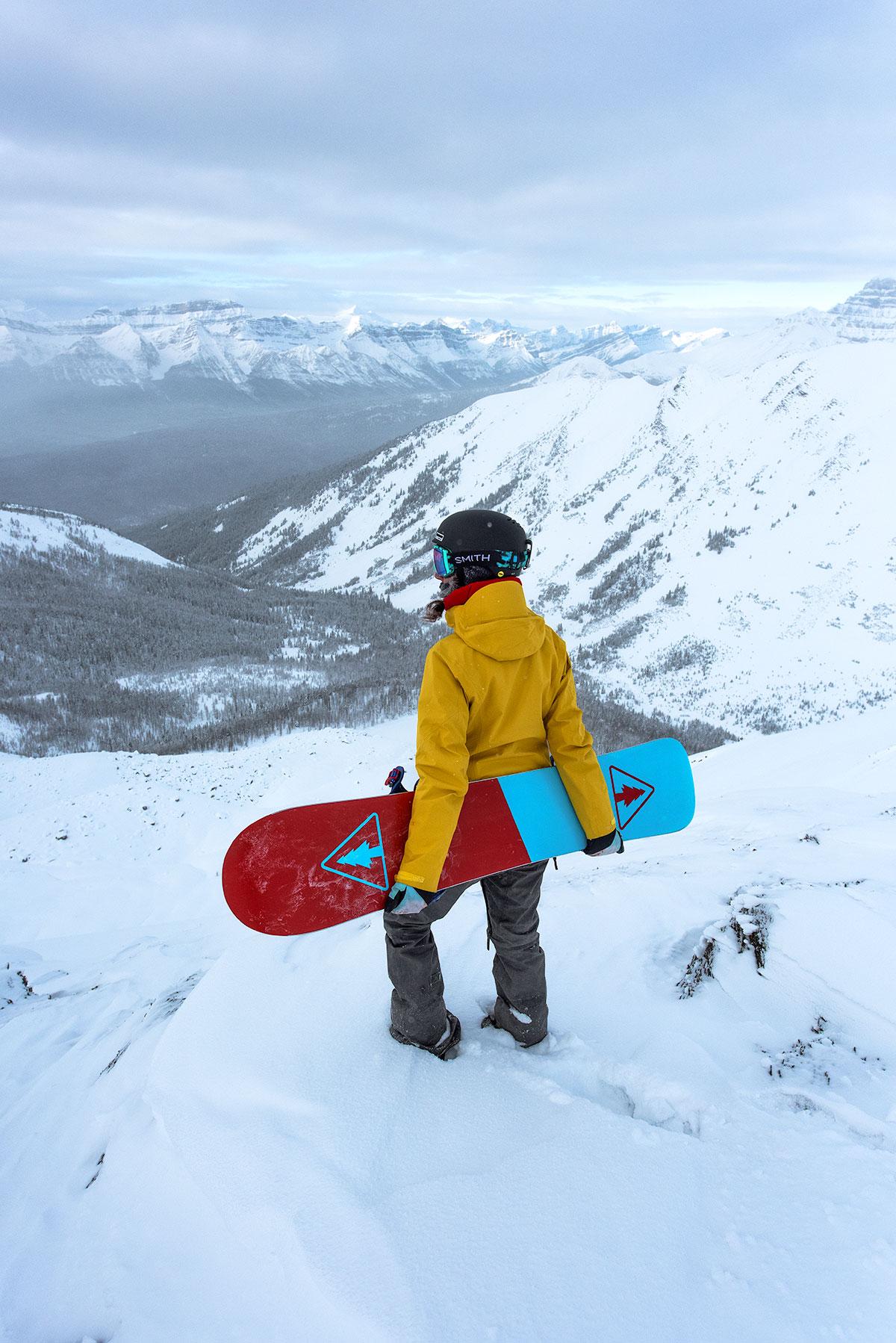 austin-trigg-patagonia-banff-alberta-winter-canada-lifestyle-adventure-mountains-lake-louise-ski-resort-valley.jpg