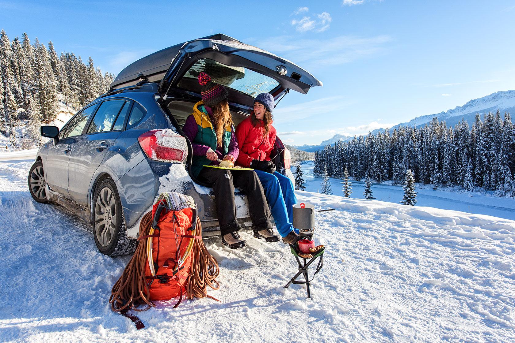 austin-trigg-patagonia-banff-alberta-winter-canada-trip-adventure-outside-snow-forest-fondue-roadside-car-cooking-lifestyle.jpg