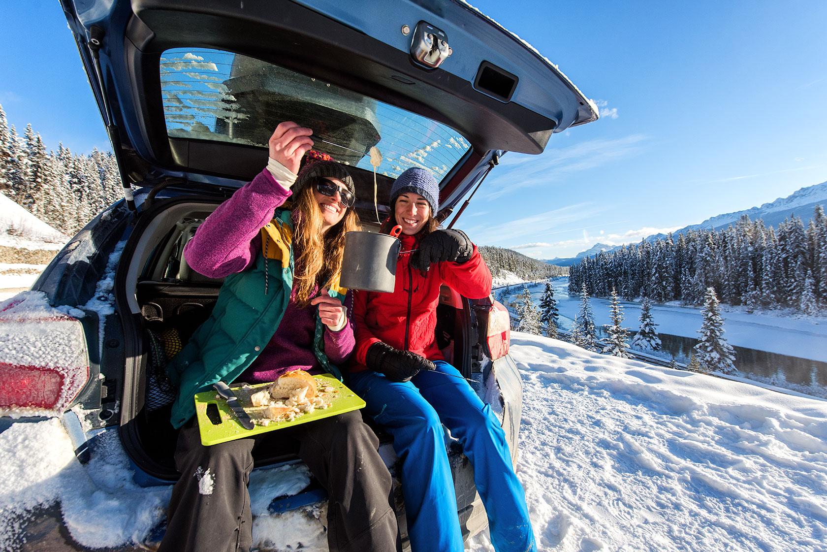 austin-trigg-patagonia-banff-alberta-winter-canada-trip-adventure-outside-snow-forest-morants-curve-fondue-roadside-cooking-eating-car-lifestyle.jpg