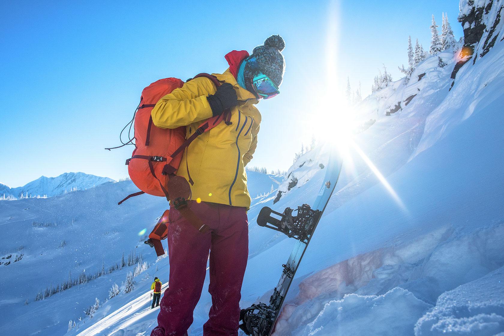 austin-trigg-patagonia-banff-alberta-winter-rogers-pass-canada-lifestyle-adventure-mountains-splitboard-cloths.jpg