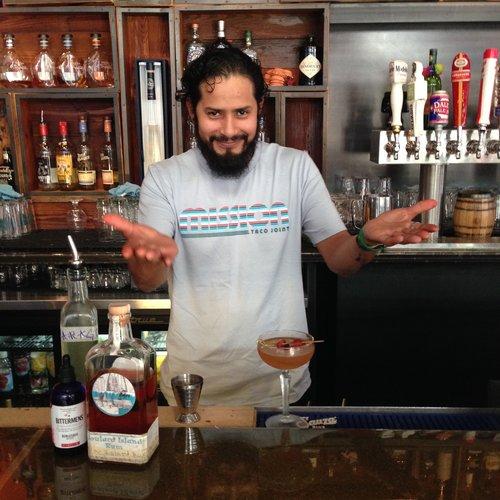 Cocktail-Brujula-JorgeMTJ-Loop.jpg