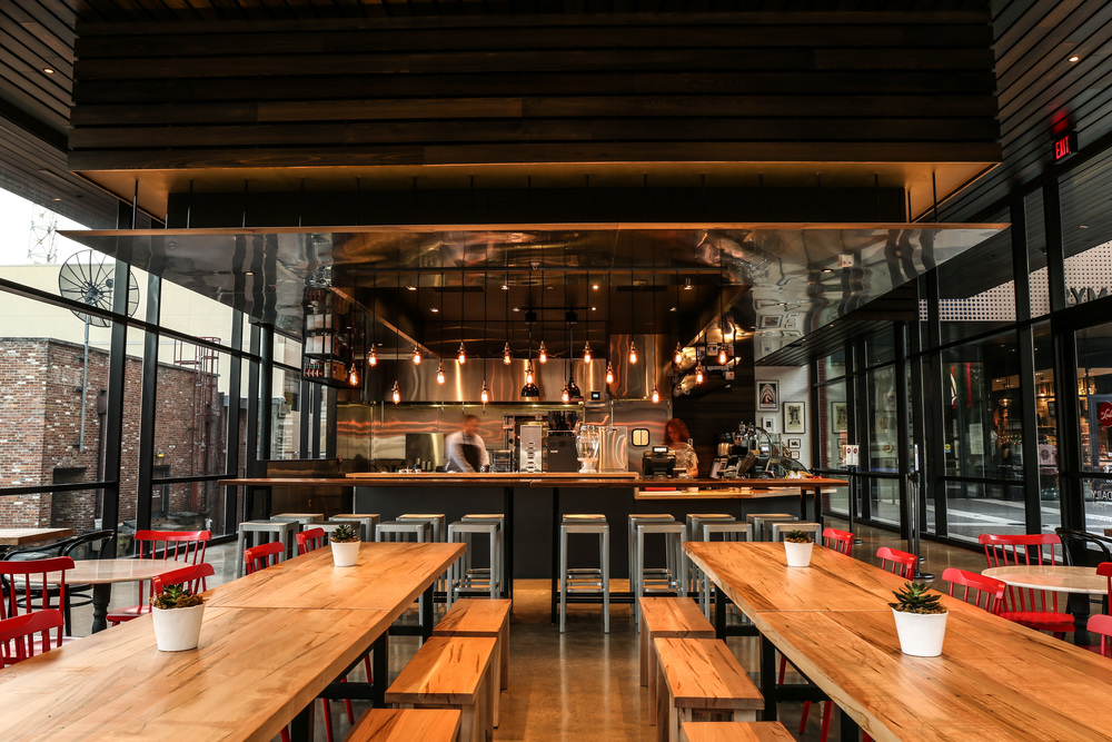 CAFE LULA - For nearly 125 years the Ryman has been serving up historically cool entertainment experiences for Nashvillians and visitors alike. Cafe Lula expands the Ryman's offerings with a menu of noteworthy Nashville-centric food and drink.