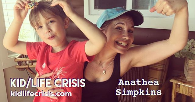 NEW episode up now with @anatheasimpkins talking country cabins, hippie parents, online dating 😱😱😱, IVF, divorce, and bleeding gums. LISTEN at kidlifecrisis.com or #linkinbio