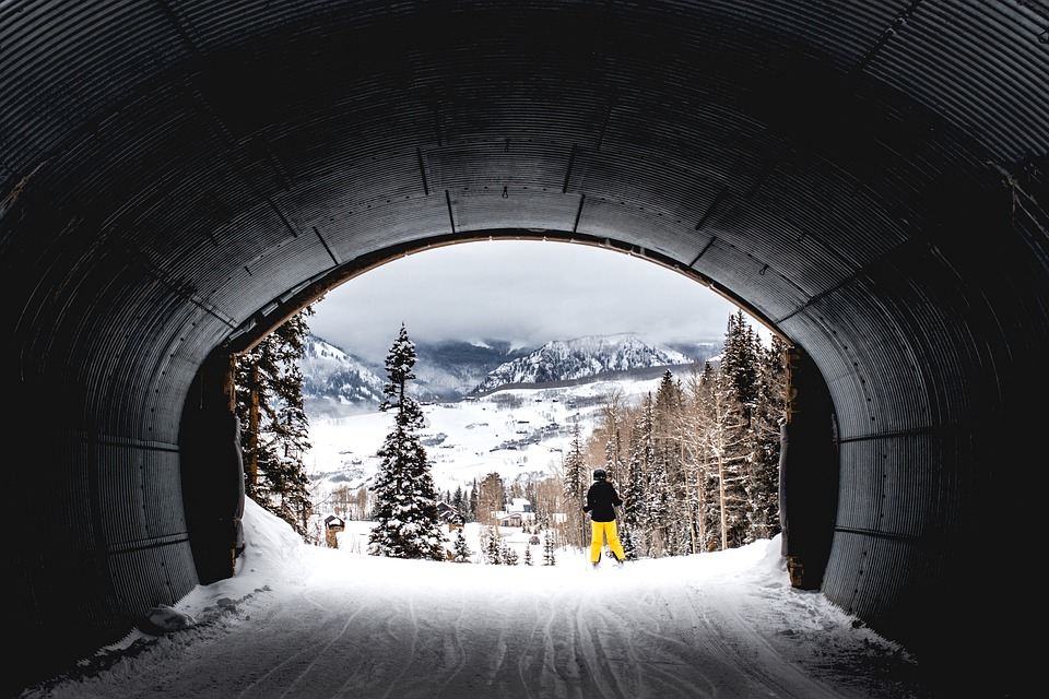tunnel-2569595_960_720.jpg