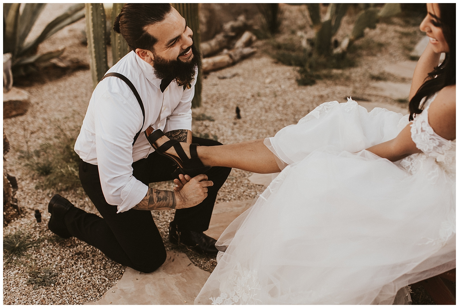 joshua-tree-elopement_0188.jpg